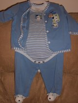 Size 6 Month Fall/Winter Outfits in Naperville, Illinois