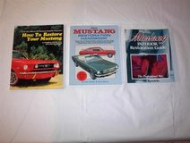 Mustang Books in Joliet, Illinois
